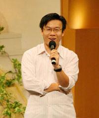 劉卓威先生